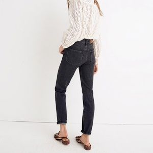 Madewell Jeans - The Perfect Vintage in Roxstone Wash: Knee-Rip
